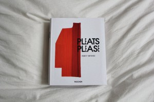 IHEARTALICE – Fashion & Travel-Blog by Alice M. Huynh from Germany: Pleats Please by Issey Miyake Book / TASCHEN Books