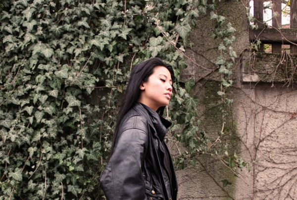 IHEARTALICE.DE – Fashion & Travel-Blog by Alice M. Huynh from Germany: All Black Everything Look wearing Vintage Bomber Leather Jacket