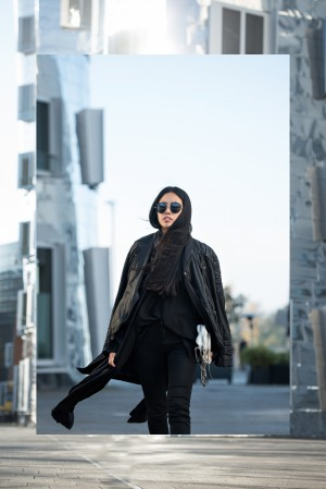 IHEARTALICE.DE – Fashion & Travel Blog: All Black Everything Look wearing tigha Leather Jacket, Skinny Jeans, Chelsea Boots / OOTD