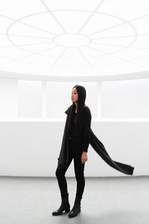 IHEARTALICE.DE – Fashion & Travel Blog: All Black Everything Look wearing Alexander Wang Scarf