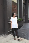 IHEARTALICE.DE – Fashion & Travel Blog: All Black Everything Look wearing Helmut Lang White Basic T-Shirt & Birkenstocks