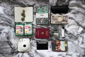 IHEARTALICE.DE – Fashion & Travel-Blog by Alice M. Huynh from Berlin/Germany: Tokyo, Japan Travel Diary – Japan Travel Essentials: Fujifilm Instax Mini, LonelyPlanet Japanisch Sprachführer, HTC Camera