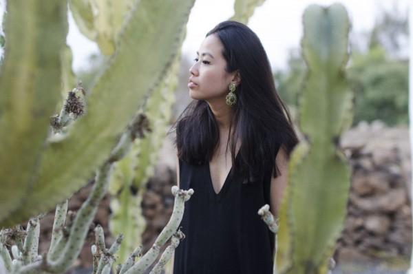 IHEARTALICE.DE – Fashion & Travel-Blog from Germany/Berlin by Alice M. Huynh: Black Jersey V-Neck Dress by Alice M. Huynh & Statement Swarowski Earrings in Fuerteventura