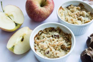 IHEARTALICE.DE – Fashion, Travel, Lifestyle & Food-Blog by Alice M. Huynh from Berlin/Germany: Apple Maroni Crumble Küchlein Rezept / Food-Friday by Yvi Huynh