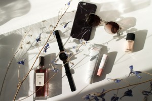 "IHEARTALICE.DE - Fashion, Travel, Lifestyle & Beauty-Blog by Alice M. Huynh from Berlin/Germany: Avène Pflegeserie für den Winter, Bering Milanaise Watch, Serge Lutens Chergui Fragrance, Black Marble iPhone Case, Malaika Raiss x VIU Shades, MAC Studio Nail Laquer ""Lightness of Being"" Nude Color / What's in my Bag? – Iceland"
