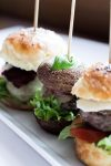 Dreielei Burger Rezept by Yvi Huynh / IheartAlice.com