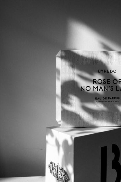 BYREDO Parfume: Rose Of No Man's Land
