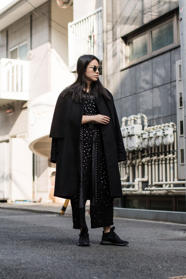 Tokyo Streetstyle / all black everything / iheartalice.com