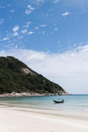 Koh Phangan White Sand Beach / Travel guide by IheartAlice.com