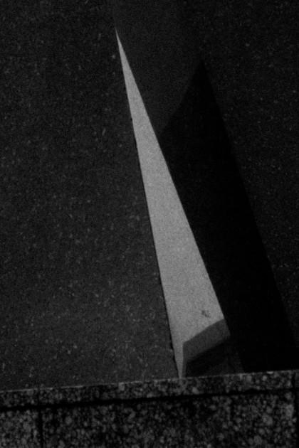 Black Marble Architecture / IheartAlice.com