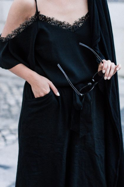 Summer Nights in Lisbon / Travel Diary & All-Black-Everything Look by IheartAlice.com