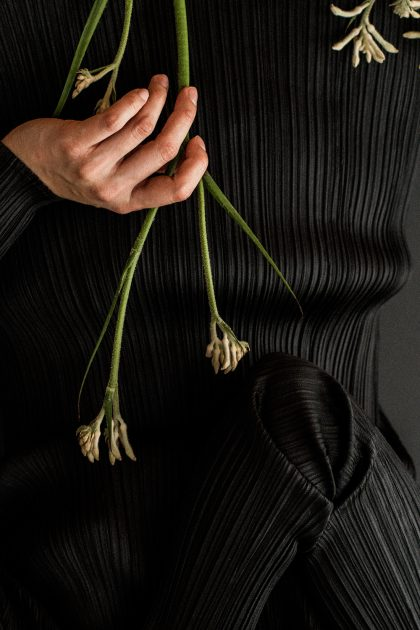 Issey Miyake Pleats Please Turtleneck & &OtherStories Minimalist Earrings - IheartAlice.com by Alice M. Huynh