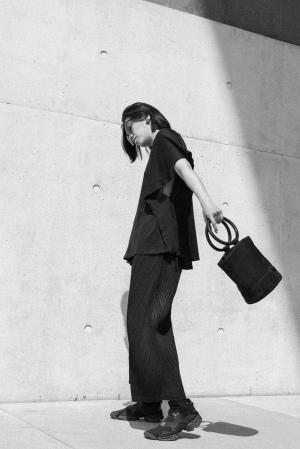 Simon Miller Bonsai Bag, Issey Miyake Pleats Please, MM6 Shirt - All Black Everything OOTD by IheartAlice.com