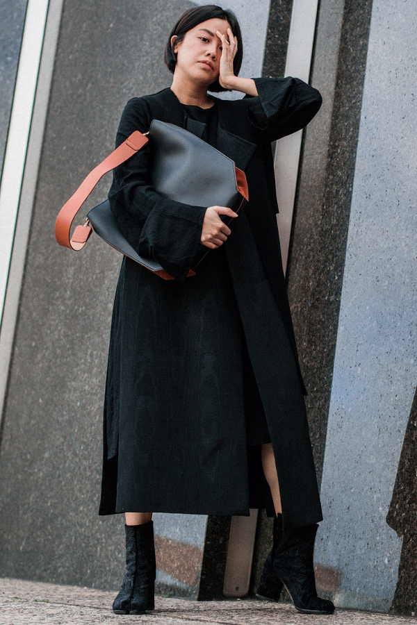 Oversize Dress & Maison Martin Margiela Tabi Boots / All black everything by Alice M. Huynh