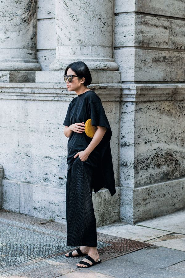 MM6 Maison Margiela T-Shirt / Casual all black everything look by Alice M. Huynh - iheartAlice.com Lifestyle, Travel & Fashioblog