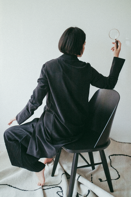 Menu Synnes Chair / Issey Miyake Pleats Please Pants & COS Silk Jacket - iHeartAlice.com / Travel & Lifestyle Blog by Alice M. Huynh