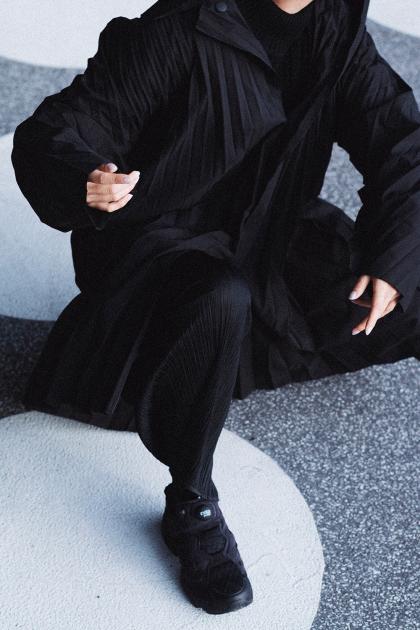 Homme Plisse Issey Miyake Coat & Reebok Instapump - All Black Everything Designer Look / iHeartAlice.com by Alice M. Huynh