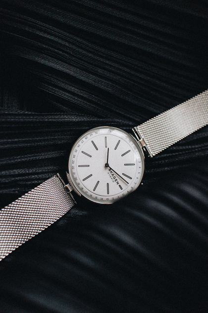 SKAGEN Hybrid Smartwatch Milanaise in Silver - iHeartAlice.com / Travel & Lifestyleblog.com by Alice M. Huynh