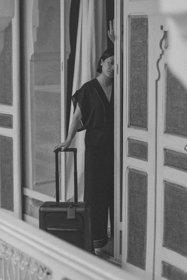 Horizn Studios: Smart Travelling with Model H Handluggage Suitcase in all black at Sustainable Riad AnaYela, Marrakech, Morocco - Hotel Review / Where to Stay in Marrakech - Travel Guide Morocco by iHeartAlice.com - Lifestyle & Travelblog by Alice M. Huynh