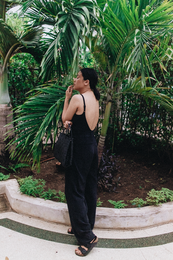 The perfect Black Suit with Rosa Faia / How to wear a bathing suit during daytime - iHeartAlice.com / Travel & Lifestyleblog by Alice M. Huynh / All Black Everything Look