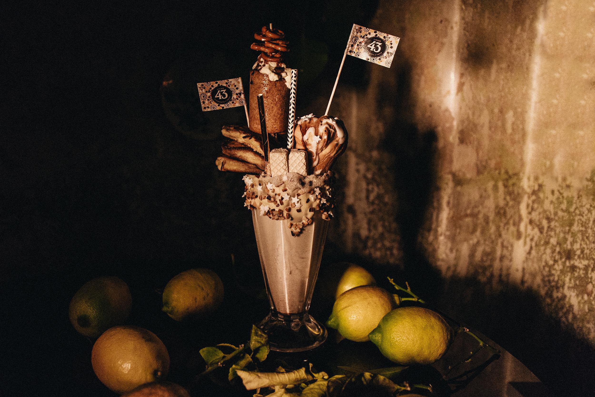 Cruffin mit Licor 43 Orochata-Ganache und Zitronen-Zimt-Glasur Rezept & Freakshake Inspiration / Milkshake Inspiration für die Vorweihnachtliche Zeit – iHeartAlice.com / Lifestyle, Food & Travelblog by Alice M. Huynh