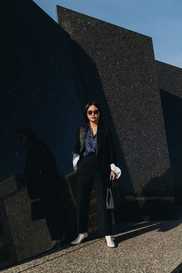 Power Suits with Arket Blazer, Victoria Beckham Blouse / All Black Everything Look by Alice M. Huynh - iHeartAlice.com / Travel, Lifestyle & Fashionblog based in Berlin, Germany