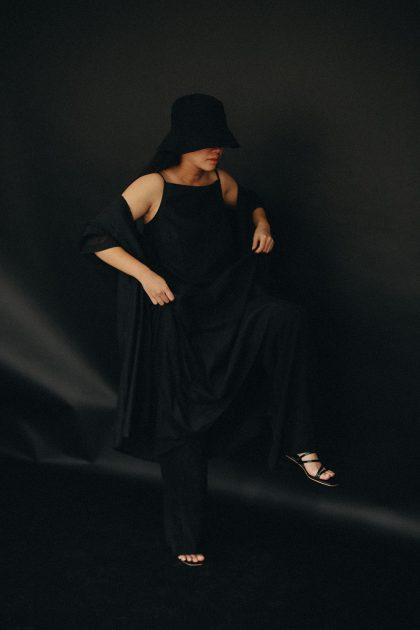 ARKET Cotton Slip Dress / Minimalist Look by Alice M. Huynh - Travel, Lifestyle, Fashion & Foodblog / iHeartAlice.com