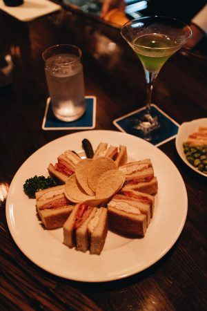 Tokyo Bar Guide w/ Haku Vodka - Where to drink in Tokyo? / iHeartAlice.com - Travel, Lifestyle & Foodblog by Alice M. Huynh / Tokyo Travel Guide