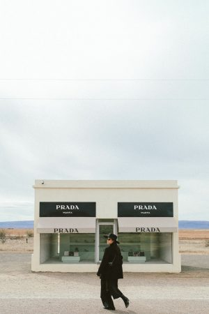 Prada Marfa - Texas Travel Diary / All Black Everything Cowboy Look - iHeartAlice.com / Travel, Lifestyle, Fashion & Foodblog