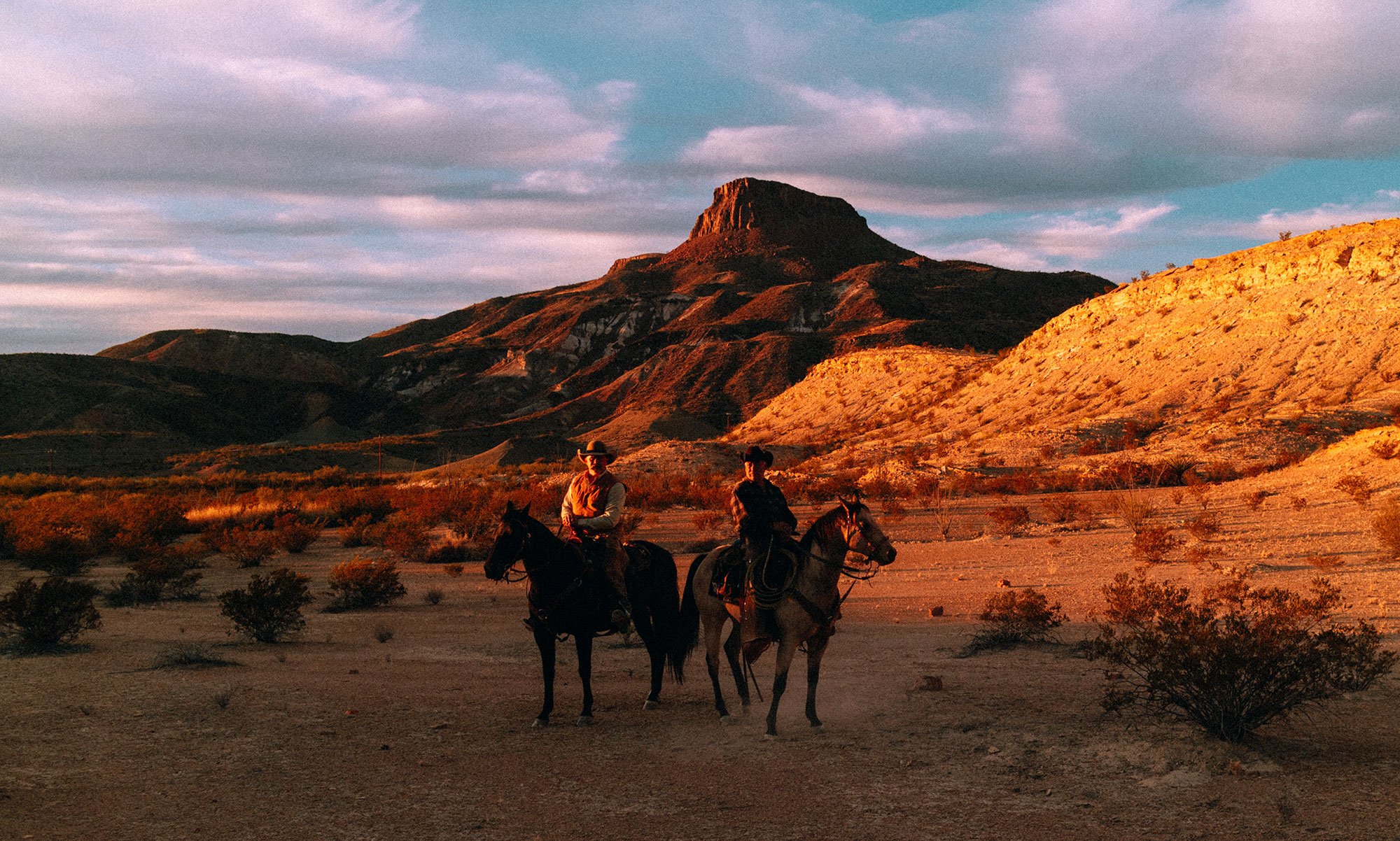 Sunset Horseback Riding in Lajitas, Texas – Big Bend Ranch State Park / Texas Roadtrip Travel Guide & Diary by iHeartAlice.com - Travel, Lifestyle, Food & Fashionblog by Alice M. Huynh / Travel Texas