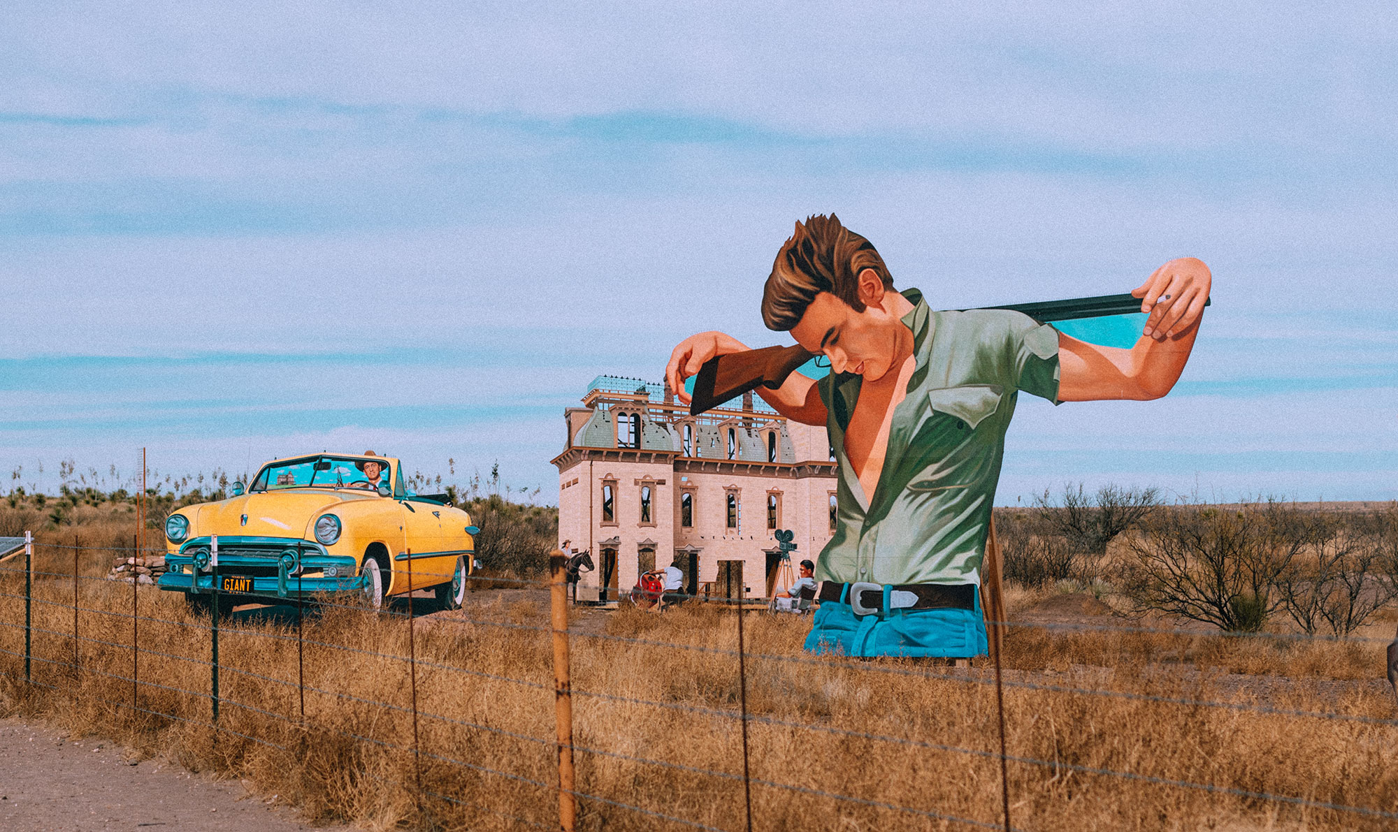 James Dean 'Giant' Mural Highway Art in Marfa, Texas / Travel, Lifestyle & Foodblog by Alice M. Huynh – Travel Texas