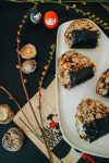Salmon & Shiitake Onigiri Rezept – Japanische Reisbällchen / Authentische Rezepte von Alice M. Huynh – iHeartAlice.com / Travel, Lifestyle & Food Blog aus Berlin