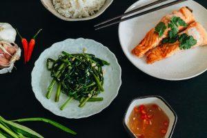 Stir Fry Morning Glory – Wasserspinat mit Knoblauch Rezept / Rau muống xào tỏi – Travel, Lifestyle, Fashion & Foodblog by Alice M. Huynh / iHeartAlice.com – Vietnamesisch Kochen mit Alice