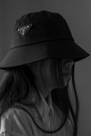 Prada Nylon Bucket Hat / Trend Accessoires of the Season / iHeartAlice.com – Travel, Lifestyle & Fashionblog by Alice M. Huynh based in Berlin, Germany
